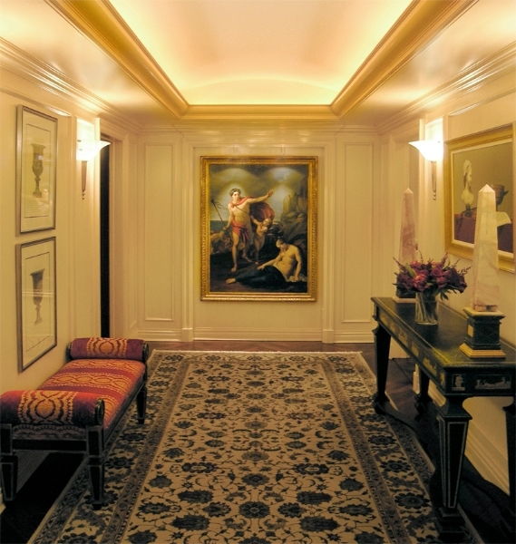 Park Avenue entrance gallery.